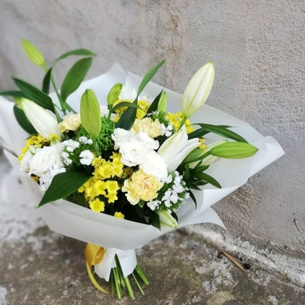 White and yellow bouquet Cyprus
