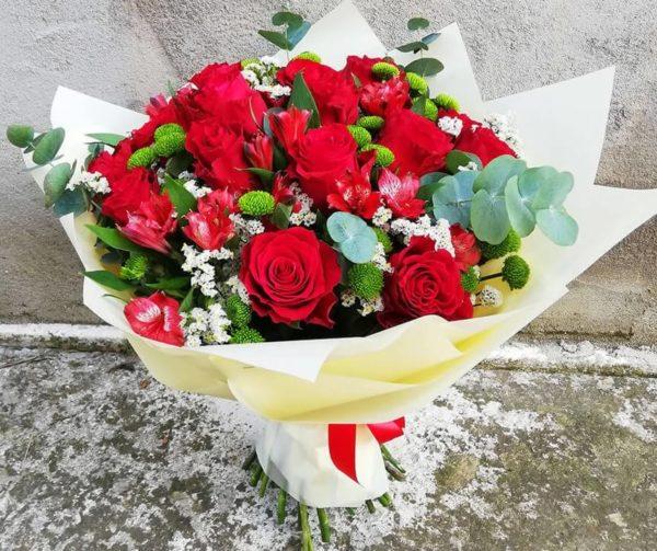 Roses and alstromerias bouquet