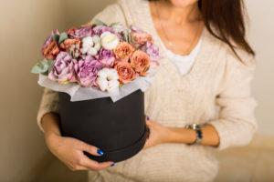 цветы в корзине лимассо доставка